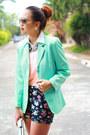 Navy-floral-print-nava-shorts-aquamarine-oversized-thrifted-vintage-blazer