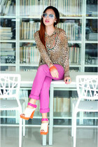 hot pink skinny jeans cotton on pants - carrot orange 2-tone Nava heels