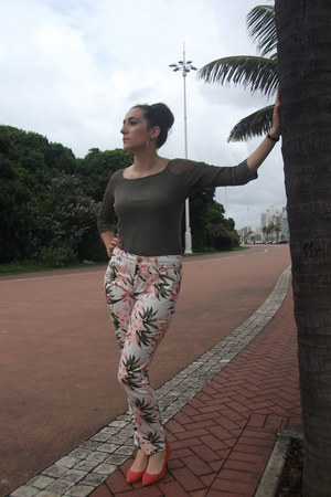 suede Zoom shoes - Mr Price pants - chifon cotton MORGAN top