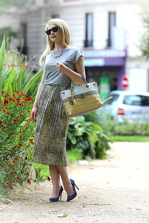Zara shoes - warehouse dress - Guess bag - Ray Ban sunglasses