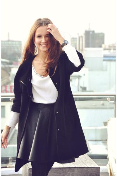 black leather Topshop skirt - black coat - white asos sweater - watch