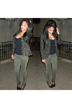 olive green H&M blazer - black Forever 21 shoes