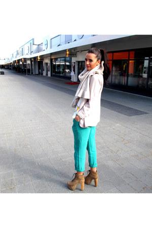 zarra boots - Bershka jeans - Stradivarius jacket - Topshop t-shirt