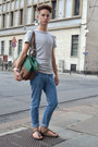 Blue-frav-jeans-teal-zara-bag-light-brown-birkenstock-sandals