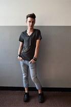 light blue FRAV jeans - heather gray selfmade t-shirt