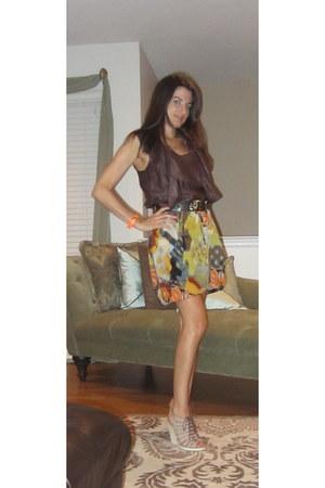 heather gray tribal print Walter Baker skirt - tan tan lace up Cole Hann wedges
