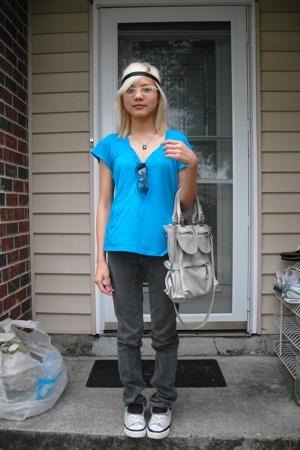 True Religion jeans - Converse shoes - Regina purse - American Apparel accessori