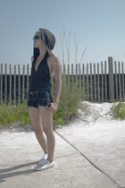 silver Marc Jacobs sunglasses - silver Puma shoes - blue jean Dollhouse shorts