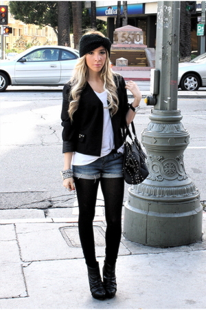 blue old jeans shorts - white Forever 21 shirt - black Forever 21 blazer - black