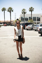 black H&M shorts - white melrose boutique top - Steve Madden shoes - brown