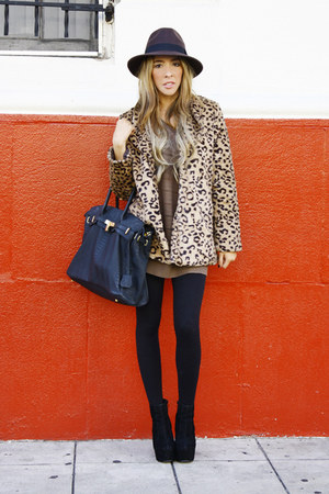 off white leopard fur HAUTE &amp; REBELLIOUS coat
