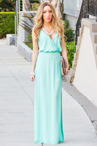 aquamarine mint HAUTE & REBELLIOUS dress - camel clutch HAUTE & REBELLIOUS bag