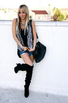 black PIKO 1989 blouse - black downtown la boots - black Aldo purse