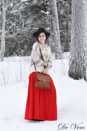 red vintage skirt - black Cubus hat - beige H&amp;M blazer - brown Coach Vintage bag