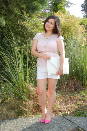 ted baker necklace - asos purse - Dynamite shorts - American Eagle blouse