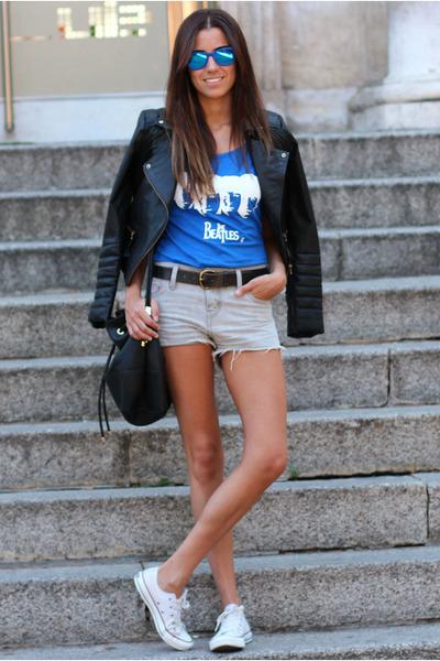 609cabcb7995 Converse shoes - Zara jacket - Levis shorts - THG CAMISETAS t-shirt