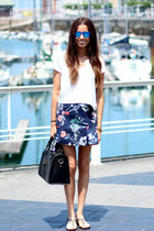 Zara skirt - Oysho shirt - ray-ban sunglasses