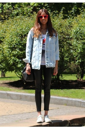 Zara jacket - Hartford sunglasses - Converse sneakers