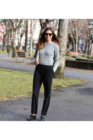 Mango shoes - ray-ban sunglasses - Zara jumper