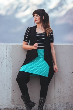 teal polka dot Skirt the Issue skirt - brown wood Daraja Imports earrings