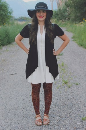 black Forever 21 hat - ivory LuLus dress - tawny leopard print Rue 21 leggings