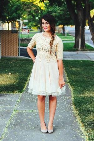 eggshell lace 6ks dress