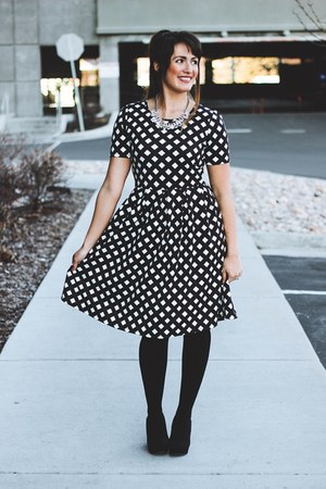 black printed LuLaRoe dress