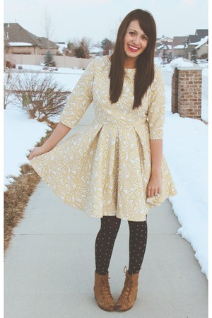 light yellow feminine Lulus dress - bronze lace up Lulus boots