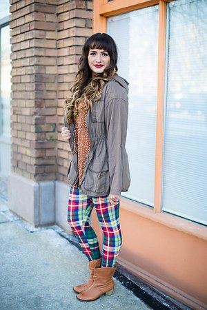 ruby red plaid Agnes and Dora leggings