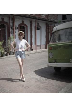vintage blouse - Forever 21 shorts