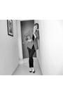 Zara-leggings-zara-blazer-american-apparel-t-shirt-topshop-flats