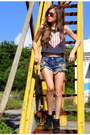 Dark-gray-top-american-eagle-outfitters-shirt-navy-american-eagle-shorts