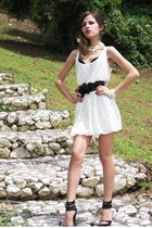 white vintage dress - black random brand shoes