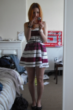 Topshop skirt - Dorothy Perkins belt - asos shoes