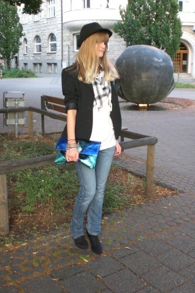 black Deichmann shoes - black H&M hat - blue Matthew Williamson for H&M bag