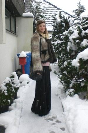 black H&M skirt - bubble gum sweater - black Lanvin for H&M jacket - black bag