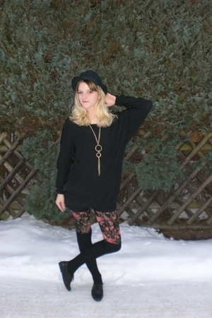 black H&M hat - black H&M sweater - black Mango shorts - H&M tights - black Deic