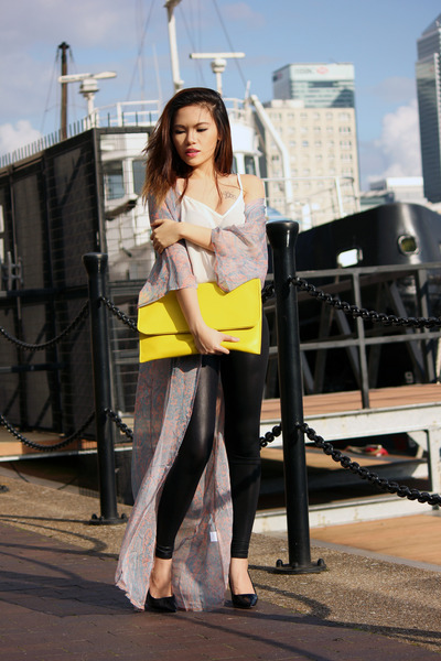 yellow Boohoo bag - black Miss Selfridge leggings - black Primark heels