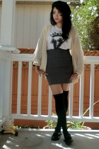 white alternative apparel t-shirt - black thigh high Wet Seal socks
