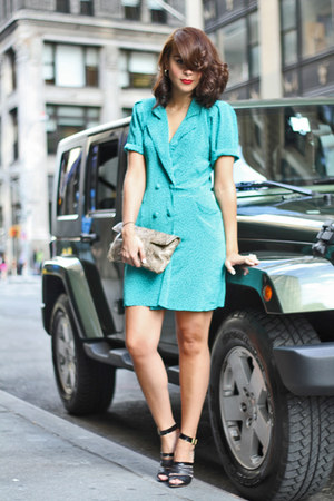turquoise blue vintage dress - black chunky heel Robert Clergerie sandals