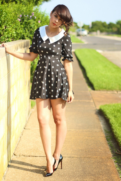 black star print Sheinside dress - black Christian Louboutin pumps