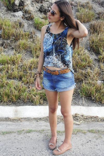 DND shirt - Marisa shorts - Zara flats