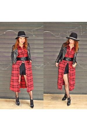 Zara shoes - Boohoo dress - Zara hat - Zara shorts - vintage belt