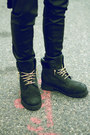 Boots-timberland-boots-jeans-levis-jeans