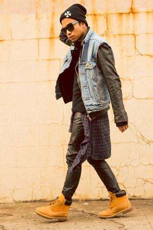 Timberland boots - versace shirt - H&M pants - Levis vest