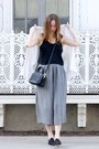 White-kimono-aritzia-jacket-heather-gray-culotte-aritzia-pants