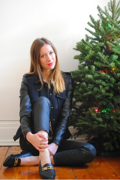 navy leather sleeves Zara jacket - black vintage loafers