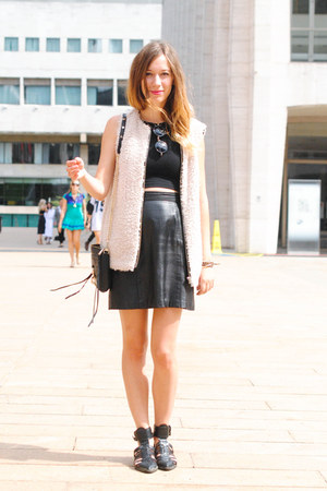 black Rebecca Minkoff bag - black Zara flats - black vintage skirt