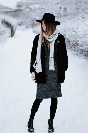 black Urban Outfitters hat - gray Forever 21 dress - black Aritzia sweater