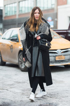 black Forever 21 coat - black Uniqlo sweater - black 31 Phillip Lim bag